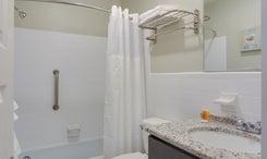 TH25:  The Shallowbag Bay Room | Private Bath