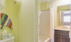 See Sea Motel   Room 6 - Hang Loose - King - Bath