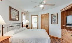 CV7: North Point l Bedroom A