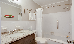 TH27: The Roanoke Sound - Bathroom