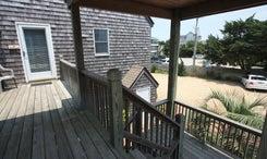 7AB-stairstoentry