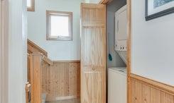 CV9: Net House l A - Laundry