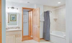 CV2A: Juniper A l Bedroom A - Bath