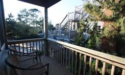 cv7b-porch-view